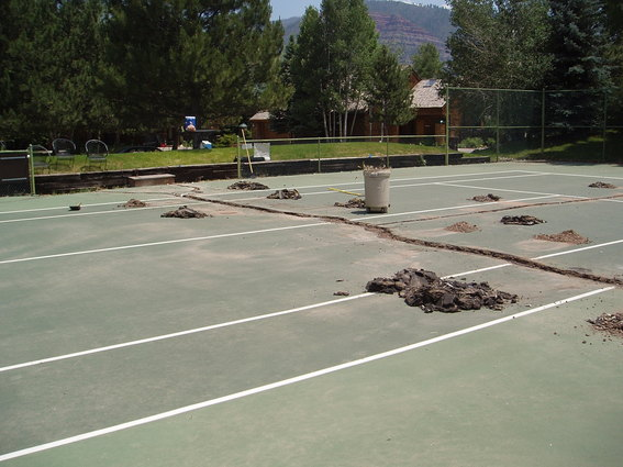 how to build a synthetic tennis court